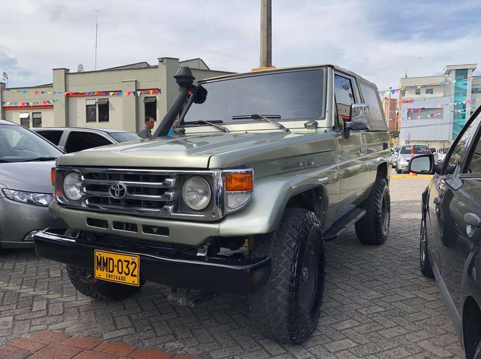<strong>toyota</strong> Land Cruiser 1997 - 256000 km