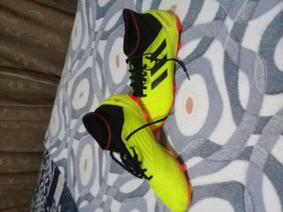 Vendo <strong>adidas</strong> Predators Seminuevos