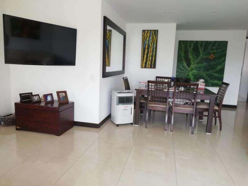 Cod. VBINH-659 Apartamento En Venta En Cali Quintas De Don Simon