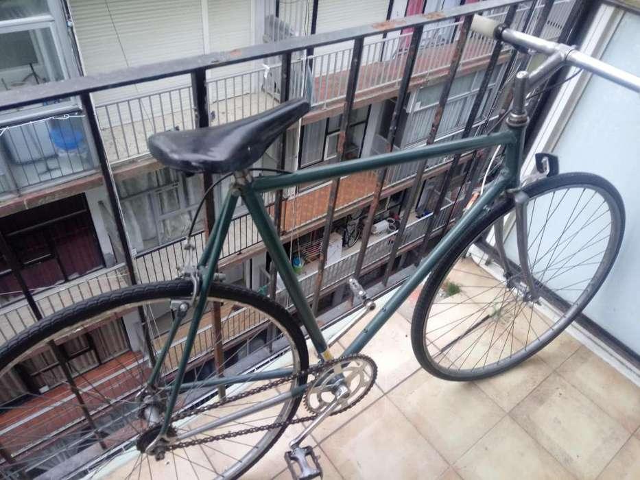 Vendo bicicleta de carrera rodado 28