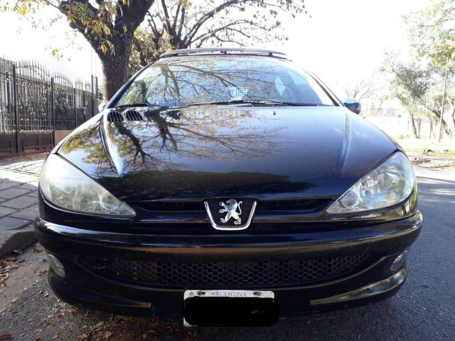 Peugeot 206 2005 - 144000 km