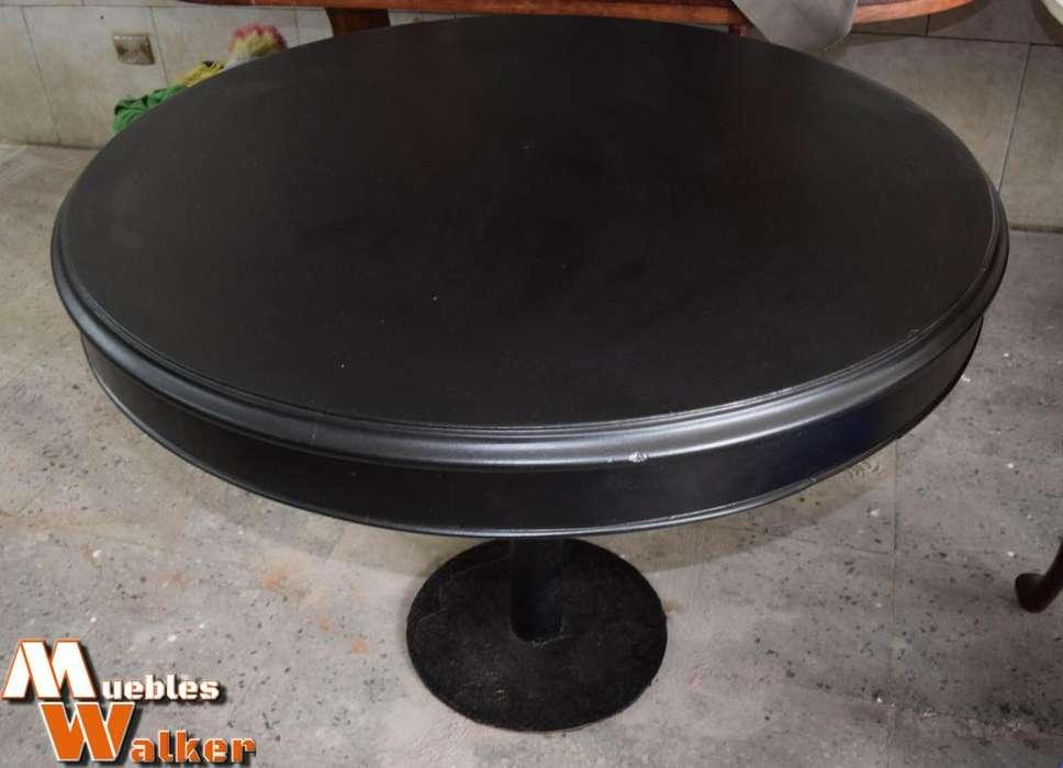 Mesa laqueada de 1 metro de diámetro