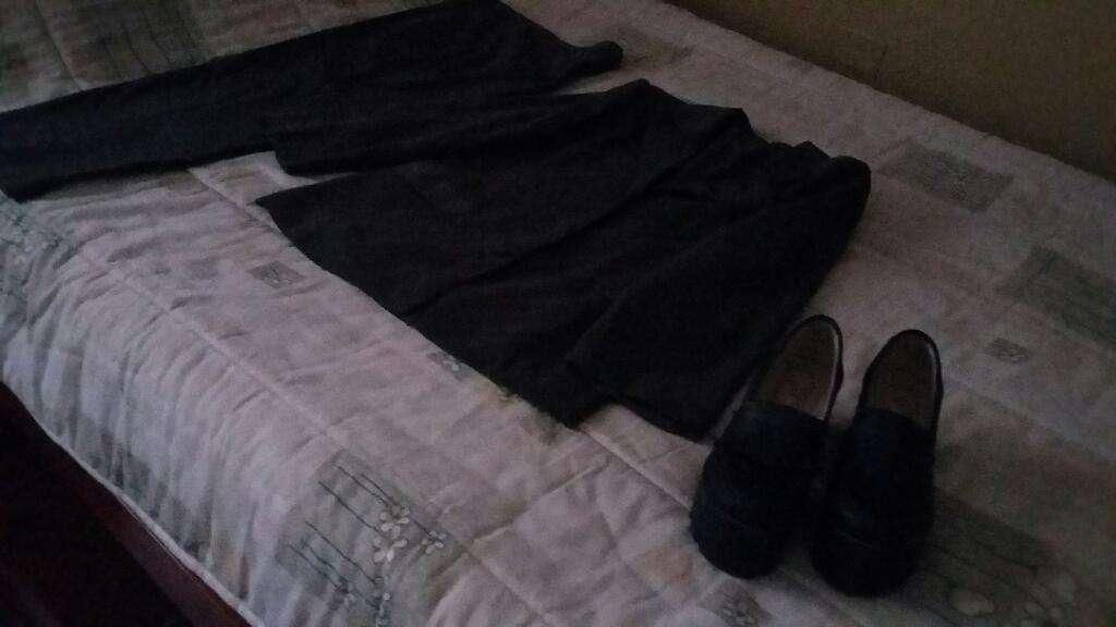 Traje Gabuzado, Zapatos Y Blusa