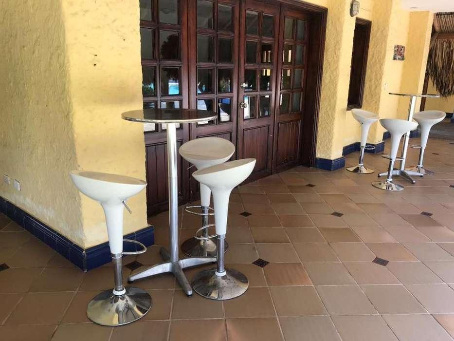 Alquiler de mesas cocteleras y sillas cocteleras