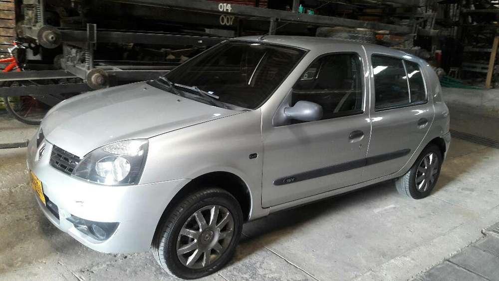 Renault Clio  2013 - 96000 km