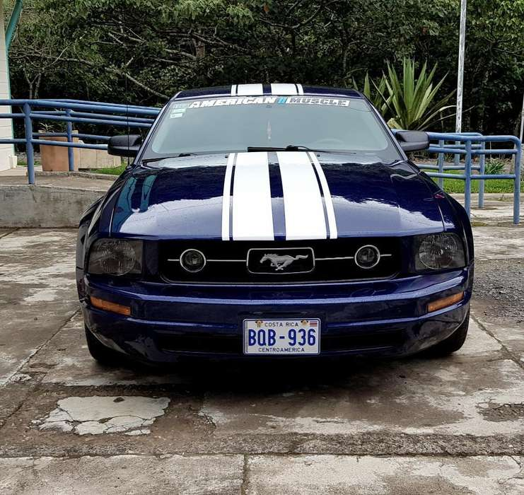Ford Mustang 2007 - 120000 km