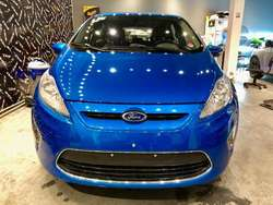Vendo Ford Fiesta Kinetic 2013