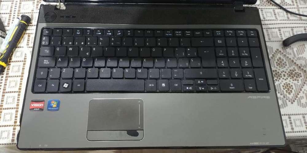 Notebook Acer Aspire 5551 con Detalles.