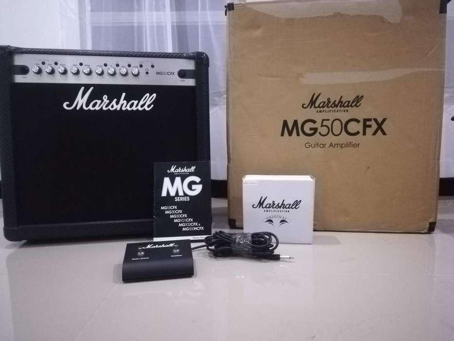 Amplificador de <strong>guitarra</strong> Marshall MG50CFX