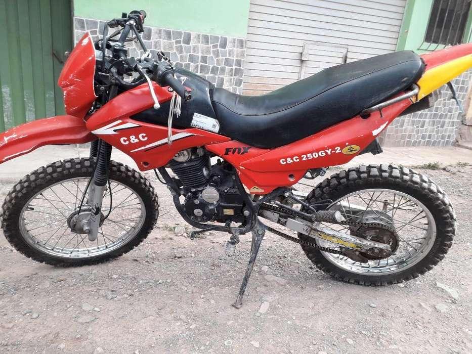 Vendo Moto Lineal Deportivo
