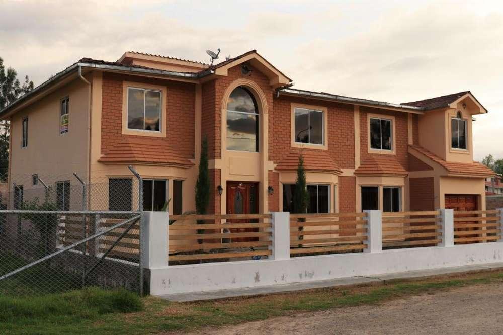Se Vende Casa en Res. Sierra Verde