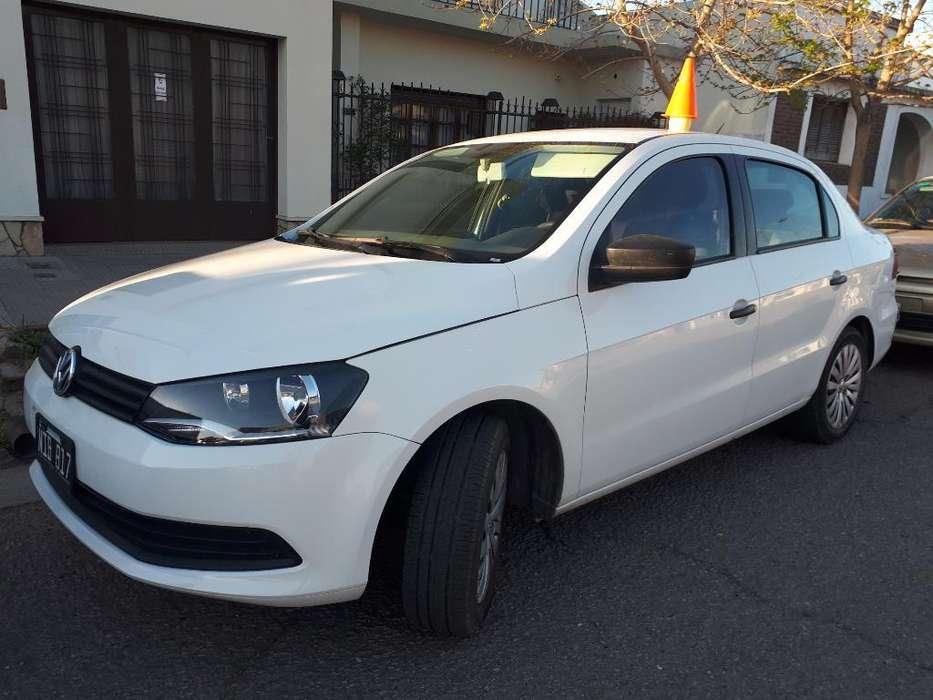 Volkswagen Voyage 2013 - 108000 km