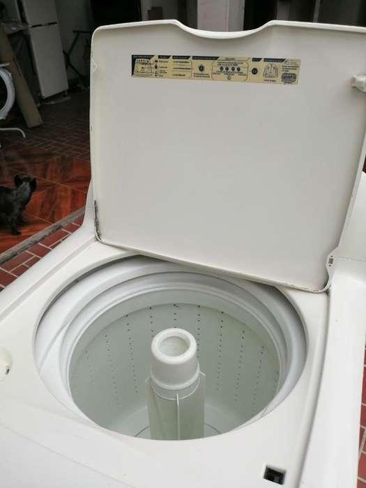 Lavadora Centrales de 22 Libras