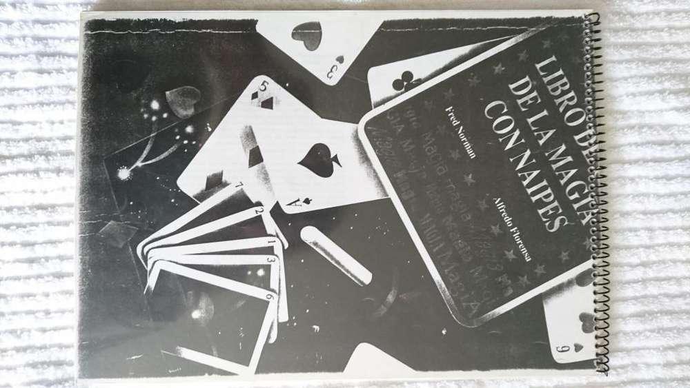 Libro de oro de la magia con naipes
