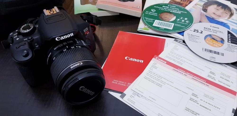 Camara reflex Canon T4i