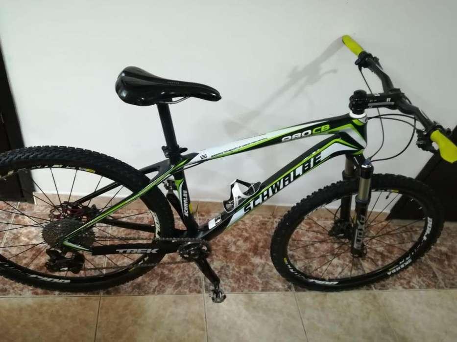 Bicicleta mtb full carbono