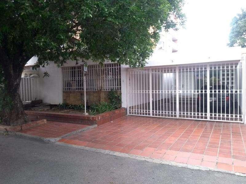 Casa En Venta En Cúcuta La Riviera Cod. VBPRV-101250