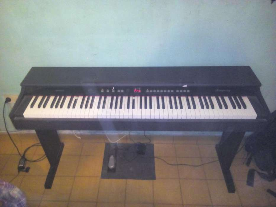Piano ringway MP8820 CON PEDAL SUSTAINATRILTRANSFORMADOR