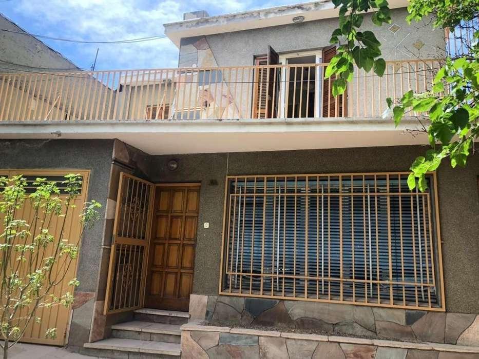 Alquiler excelente ubicación en Godoy Cruz