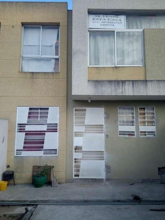 Casa de Venta en San Antonio D Pichincha