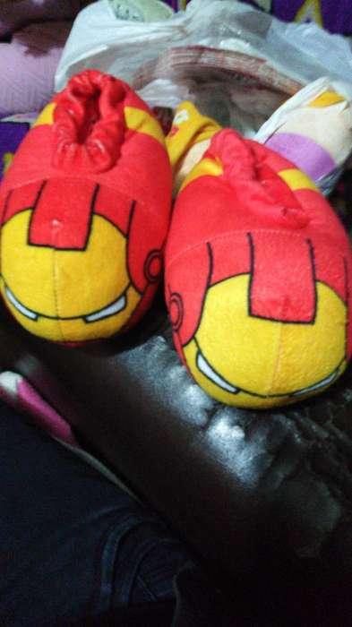 Pantuflas Y Zapatillas Avengers Niños