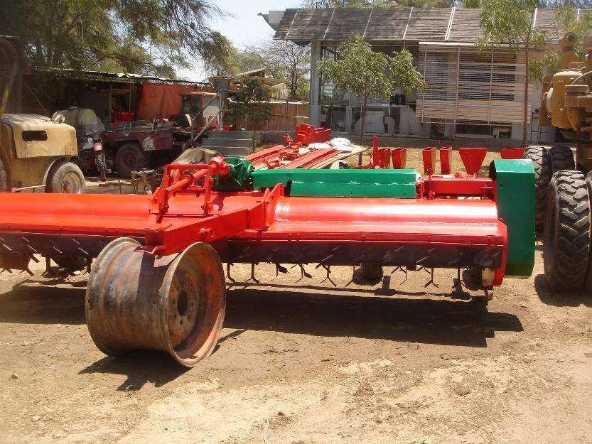 Picadora de maíz, algodon y otros cultivos Implemento agricola
