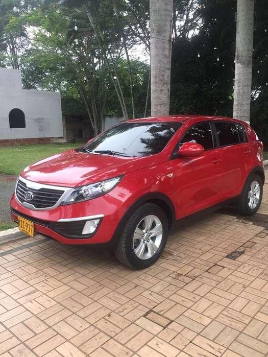Kia New Sportage 2011 - 90000 km