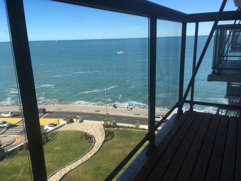 Playa Chica Dpto. 2 amb. con vista al mar