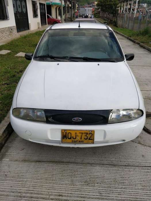 <strong>ford</strong> Fiesta  2000 - 0 km