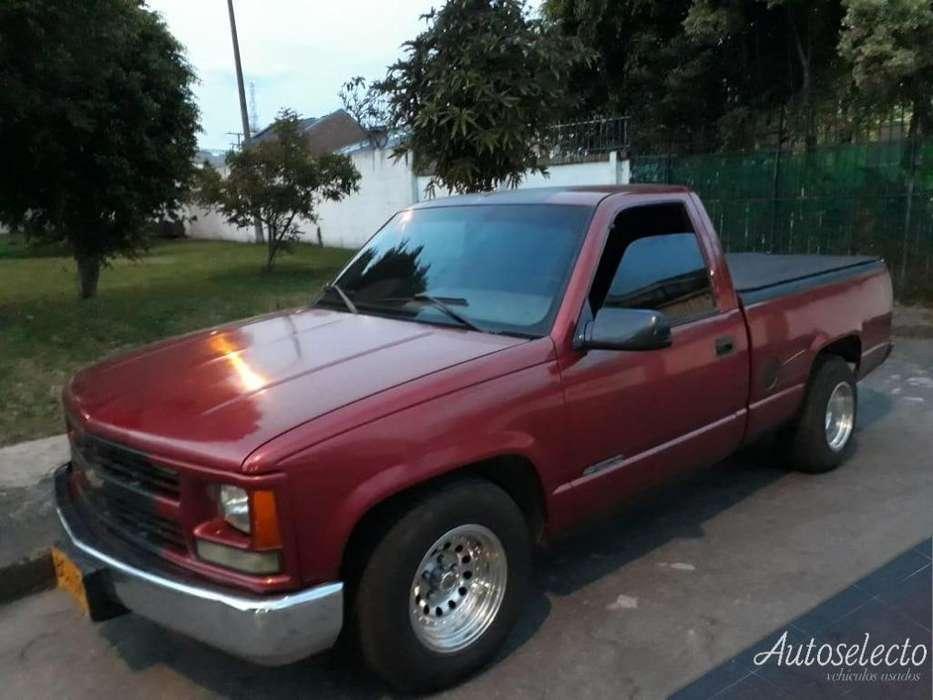 Chevrolet Cheyenne 1995 - 180000 km