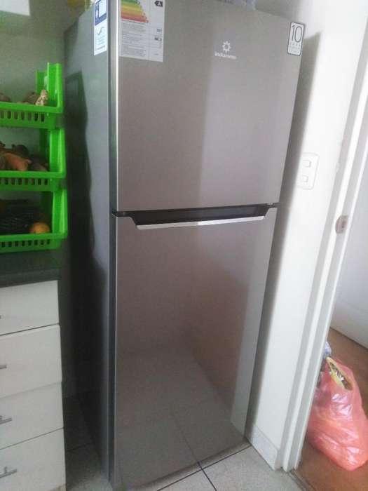 <strong>refrigeradora</strong> Indurama