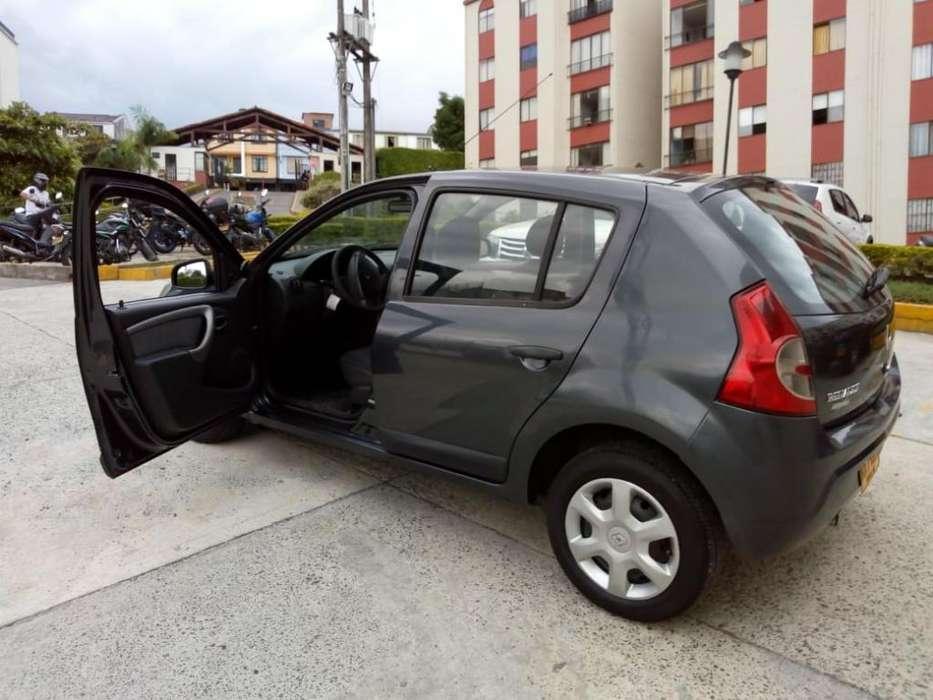 Renault Sandero 2012 - 103000 km