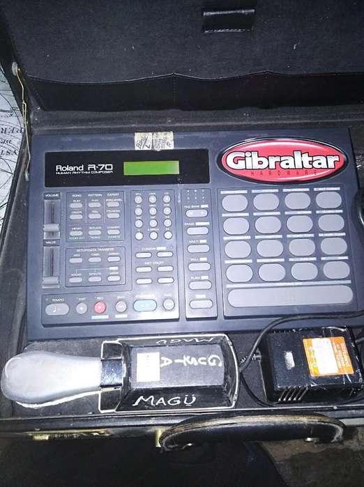Vendo Caja Ritmica Roland R70