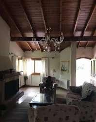 ¡ALQUILER VERANO 2019! Casa en alquiler temporal de 3 dormitorios  dependencia en Cariló, Costa Atlántica.