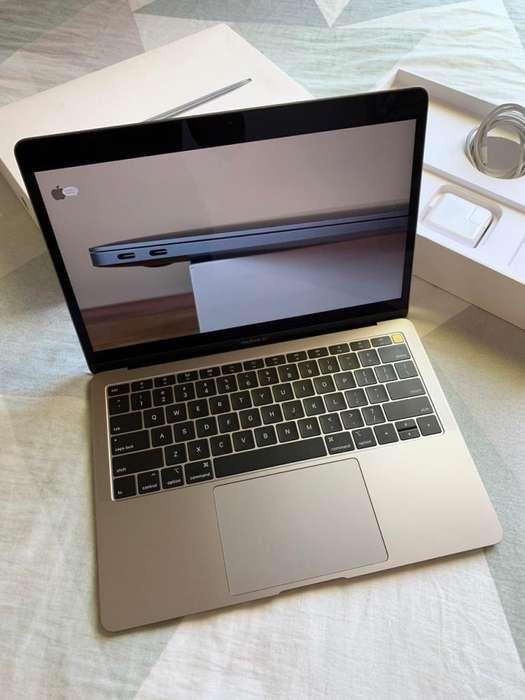 MacBook Air (Retina, 13-inch, 2018) MRE82LL/A