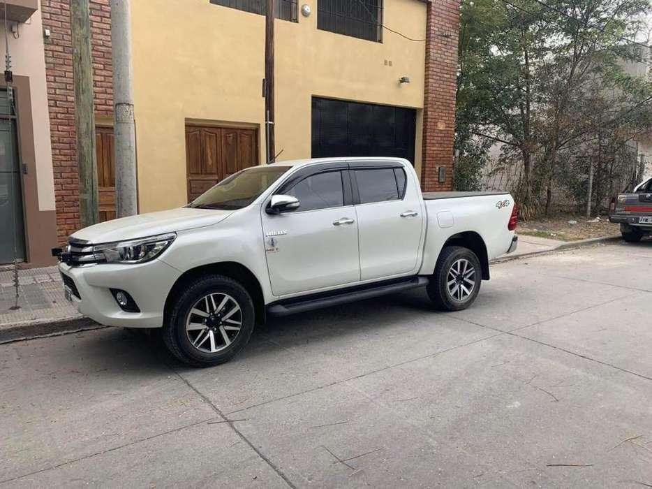 Toyota Hilux 2016 - 37000 km