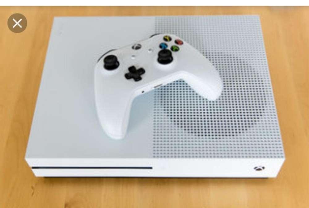 Vendo Xbox One S con 7 Juegos