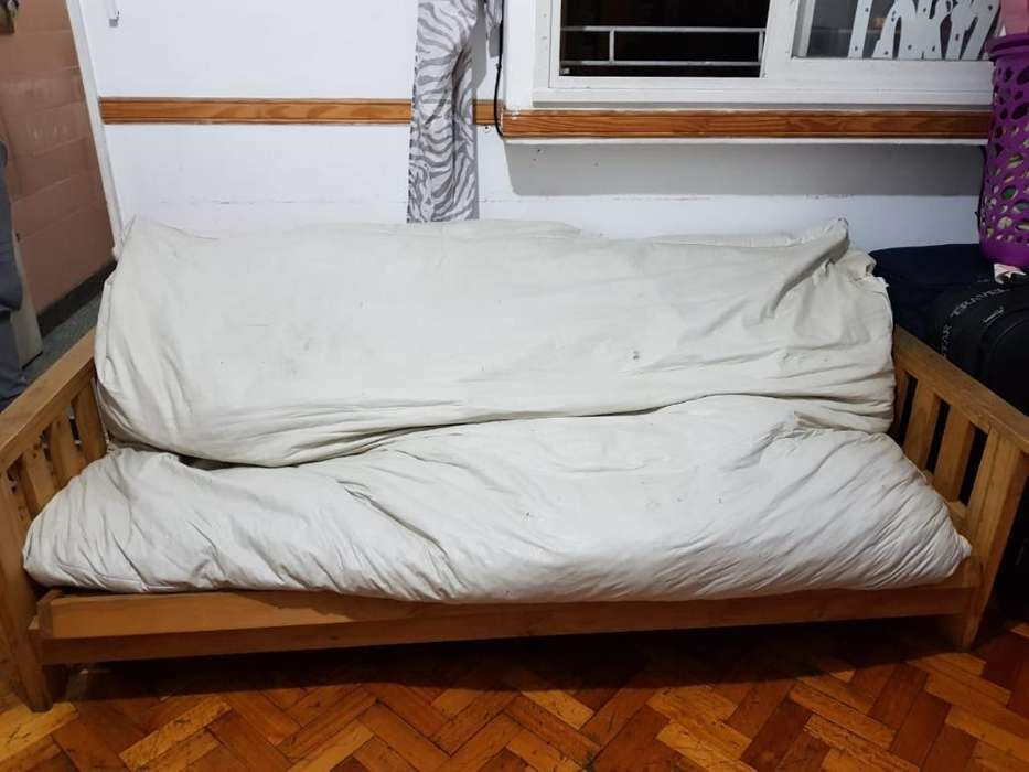 Sofa Cama Futon. 2 Plazas Usado
