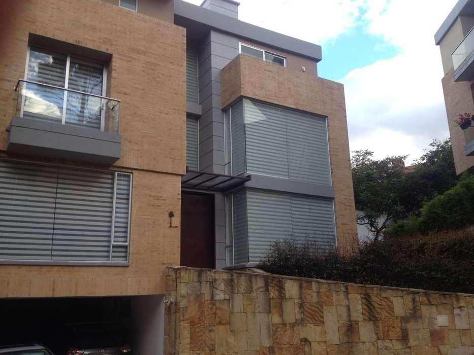 Vendo casa en Altos de Sotileza 305 mts - wasi_856352