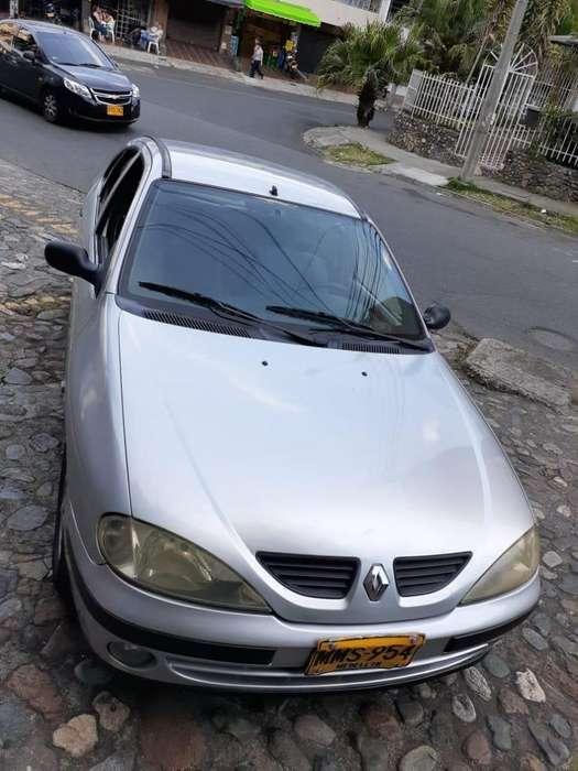 Renault Megane  2002 - 254000 km