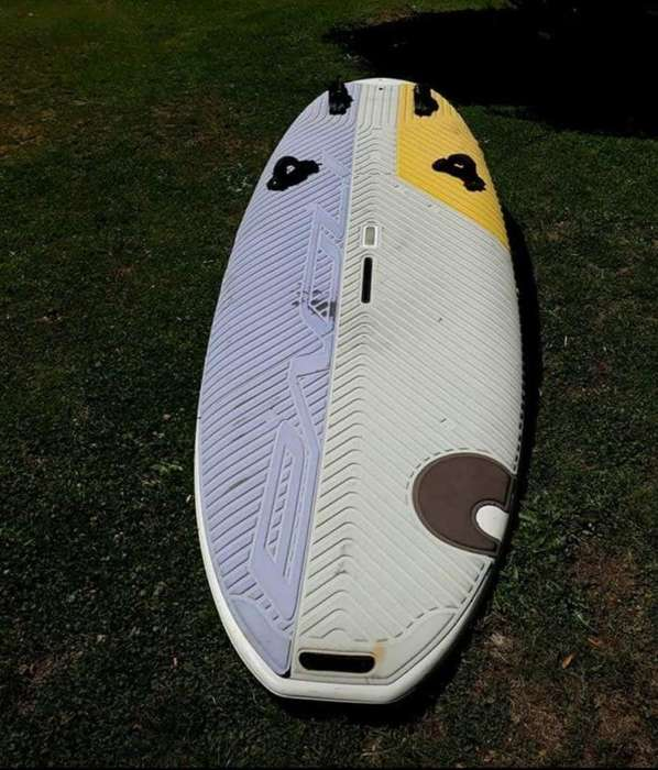 TABLA DE WINDSURF BIC 790 LTS