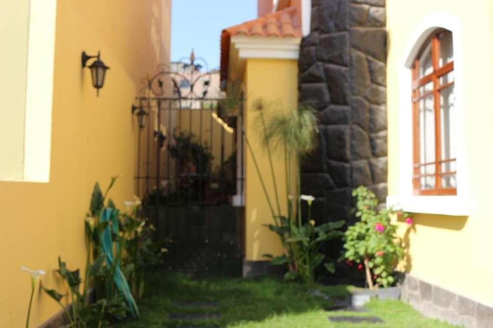 ALQUILO <strong>casa</strong> EN YANAHUARA EN EXCLUSIVA RESIDENCIAL PRIVADA