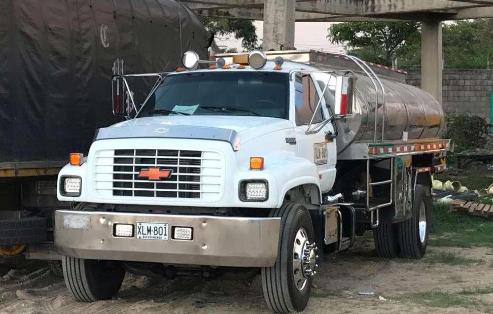 Camion Carrotanque Chevrolet Kodiak2002