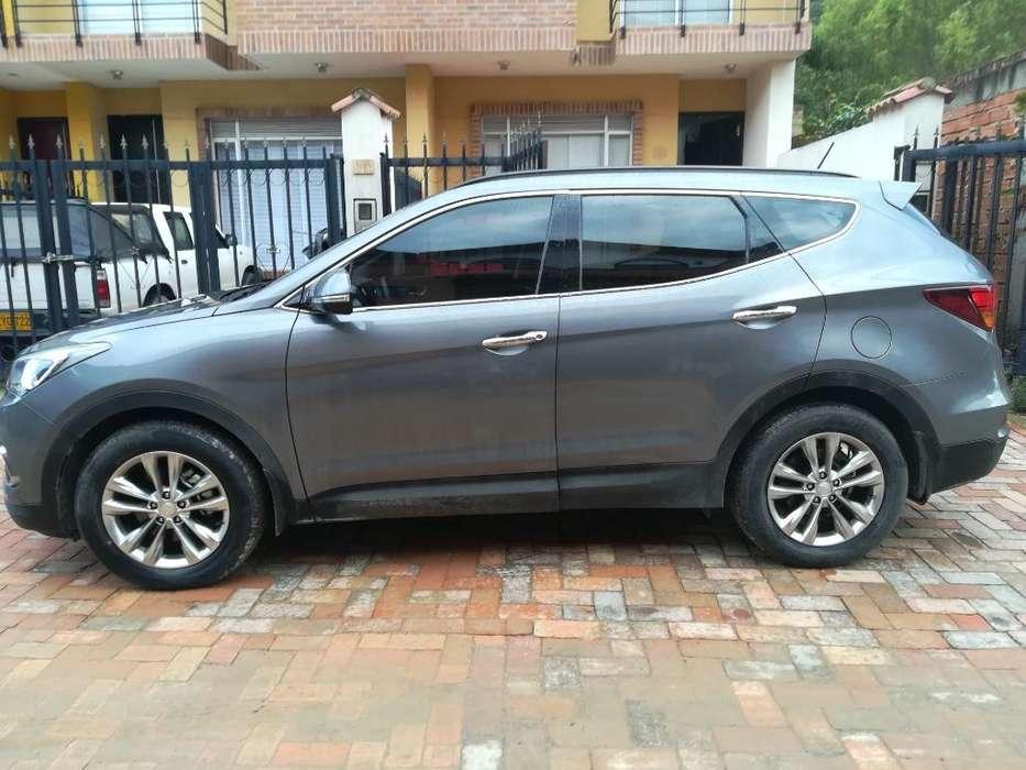 Hyundai Santa Fe 2016 - 17000 km
