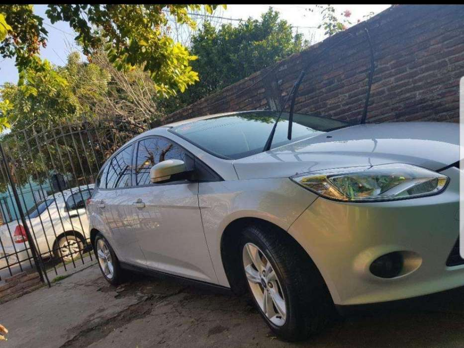 Ford Focus 2014 - 70000 km