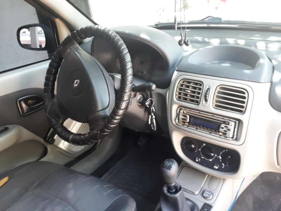 Renault Clio  2006 - 134000 km
