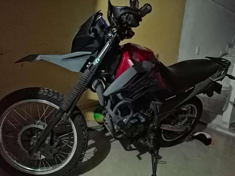 Moto TTR-200 ENDURO