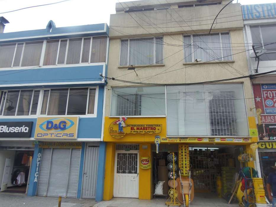 Excelente <strong>edificio</strong> de 4 pisos en zona ampliamente comercial - Tabora