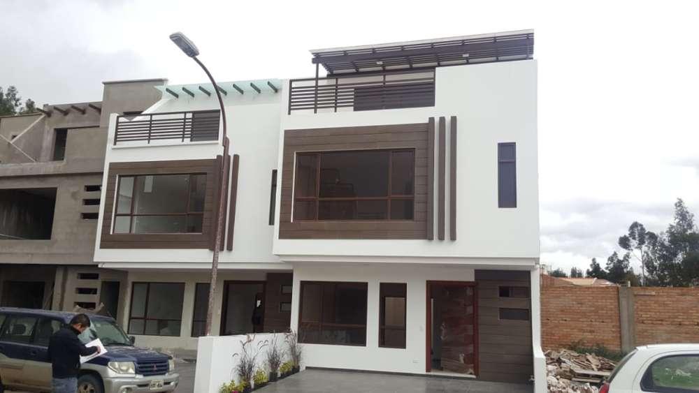 Casa de Venta, con acabados de primera, Sector Machángara