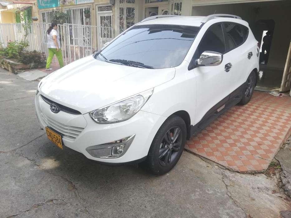 Hyundai Tucson ix-35 2013 - 110000 km